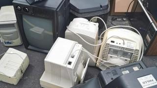 Busca Sedema superar recolección de residuos en tercera jornada de Reciclatrón